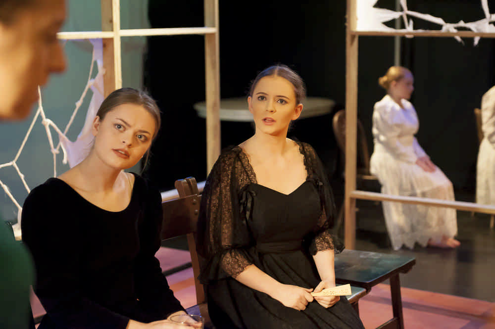 the-house-of-bernarda-alba17