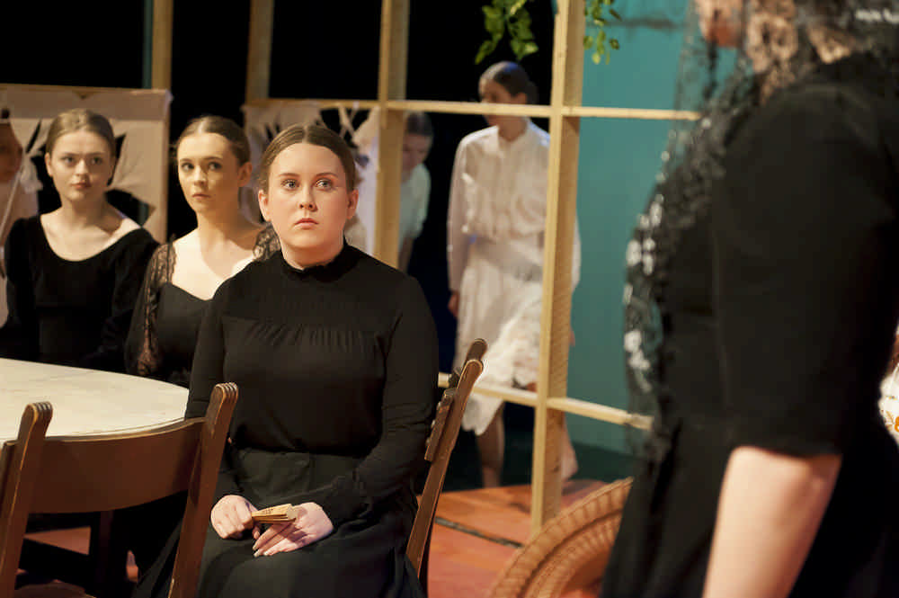 the-house-of-bernarda-alba29