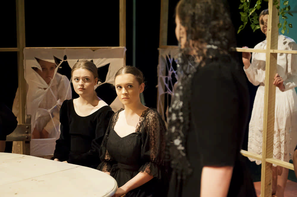 the-house-of-bernarda-alba30