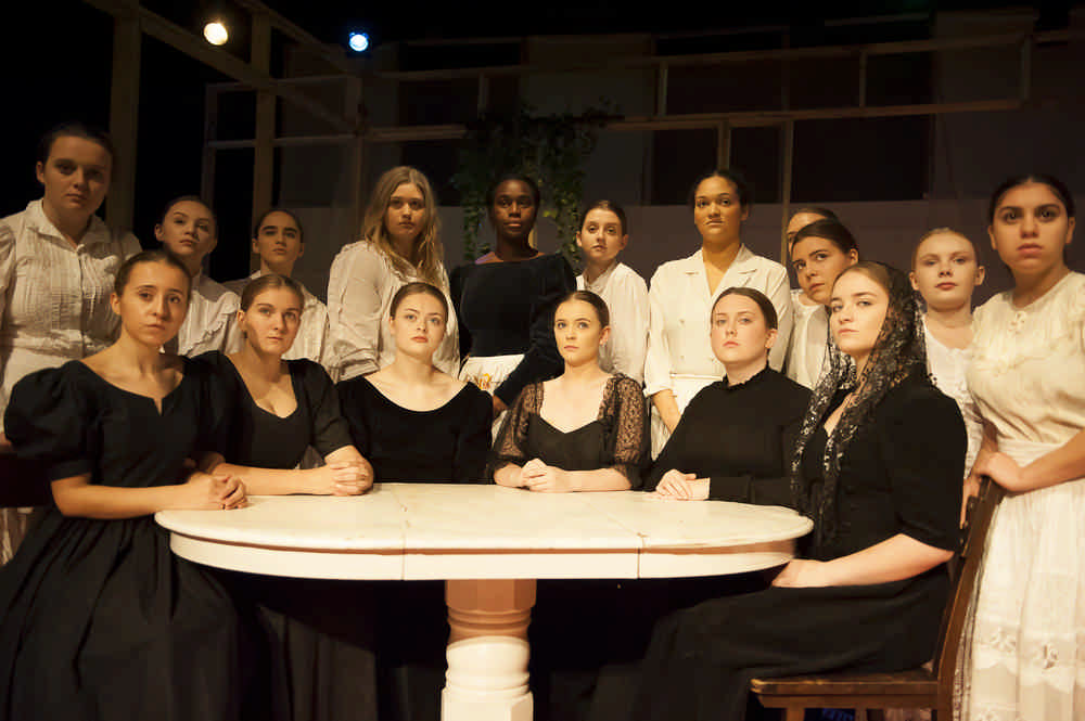 the-house-of-bernarda-alba38